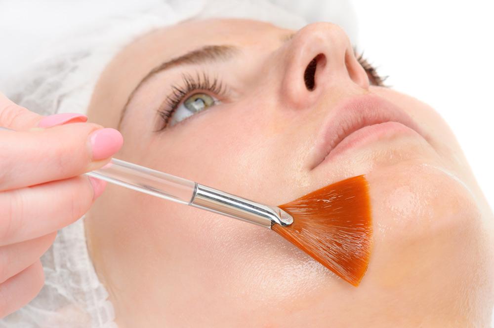 Kosmetisch medizinisches Peeling bei LD Beauty Medical Cosmetics